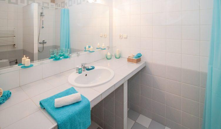 Mała łazienka W Bloku Kilka Pomysłów Na Jej Aranżację